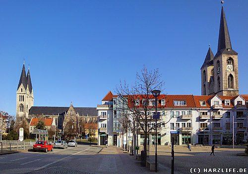 Halberstadt - Martiniplan mit Dom und Martinikirche