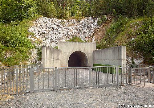 Gedenkstätte Mittelbau-Dora - Der Tunneleingang