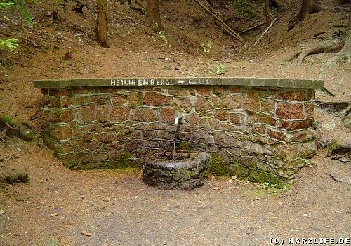 Die Heiligenbergsquelle - Mundloch des Heiligenberger Stollens