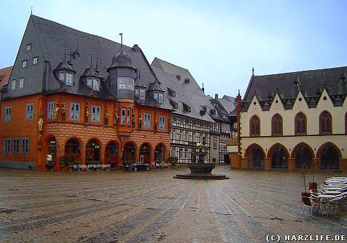 Goslar - Marktplatz mit Kaiserworth, Marktbrunnen und Rathaus