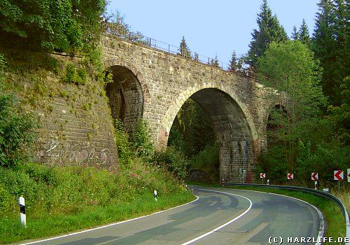 Die Hellertalbrücke bei Altenau